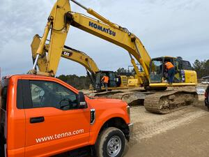 Construction site with Tenna Truck